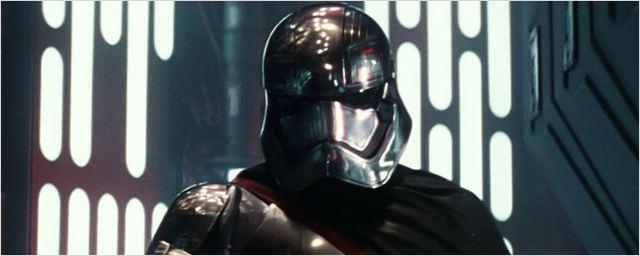 Star Wars: HQ vai explicar como Capitã Phasma escapou em O Despertar da Força