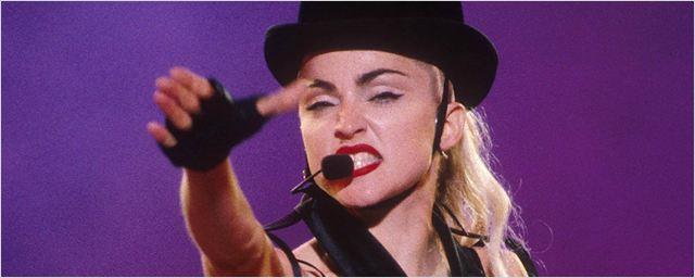 Madonna protesta contra Blonde Ambition: 'Só eu posso contar a minha história'