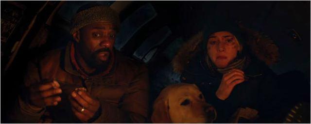 Kate Winslet e Idris Elba são os sobreviventes de um trágico acidente de avião no trailer de Depois Daquela Montanha
