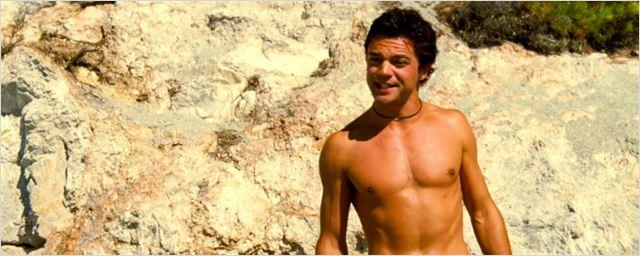 Dominic Cooper confirma retorno na continuação de Mamma Mia