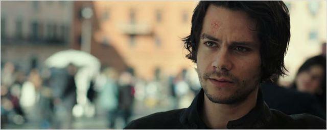Dylan O'Brien busca vingança contra terroristas no trailer legendado de O Assassino: O Primeiro Alvo