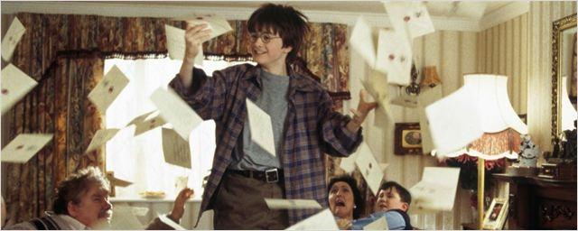 Carta de Hogwarts de Harry Potter é leiloada por mais de 120 mil reais