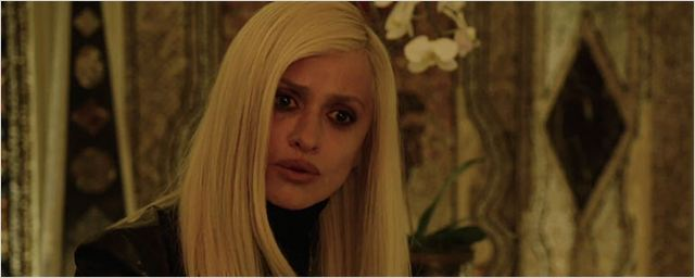 Penélope Cruz está de luto em novo teaser de The Assassination of Gianni Versace: American Crime Story