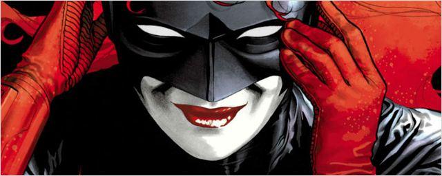 Comic-Con 2018: Crossover do 'Arrowverse' ganha vídeo promocional anunciando a chegada de Batwoman
