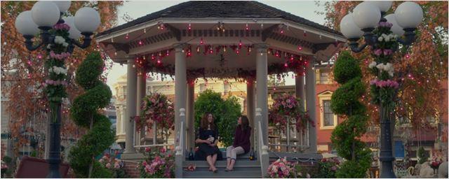Gilmore Girls: Fã é pedida em casamento no cenário da série em Stars Hollow