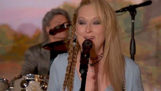 Na pele de uma rock star, Meryl Streep tenta conciliar família e carreira no trailer de Ricki and the Flash