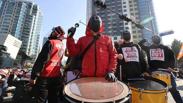 Round 6 na vida real? Entenda o protesto dos trabalhadores ocorrido na Coreia do Sul
