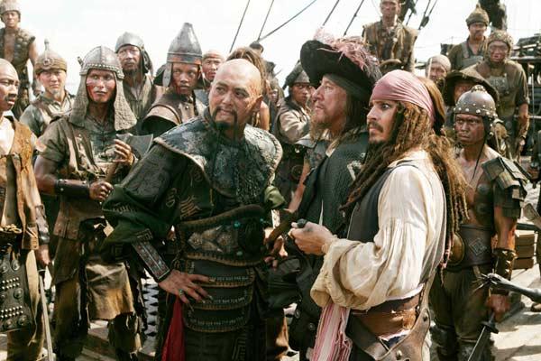 Piratas do Caribe - No Fim do Mundo : Foto Chow Yun-Fat, Geoffrey Rush, Johnny Depp