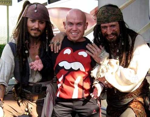 Foto de Johnny Depp - Piratas do Caribe - No Fim do Mundo : Foto Johnny Depp, Keith Richards - AdoroCinema