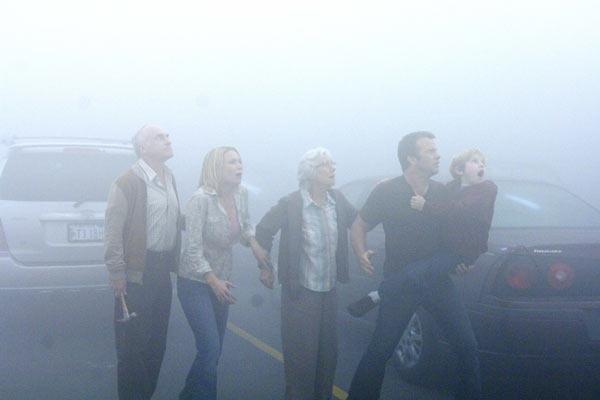 O Nevoeiro: Frances Sternhagen, Jeffrey DeMunn, Nathan Gamble, Thomas Jane, Laurie Holden