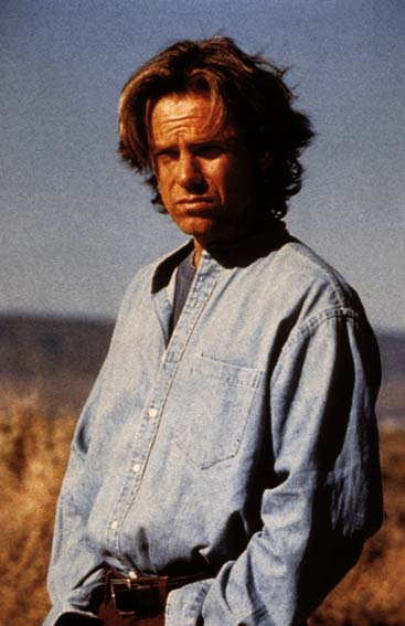 Nowhere Man : Photo Bruce Greenwood