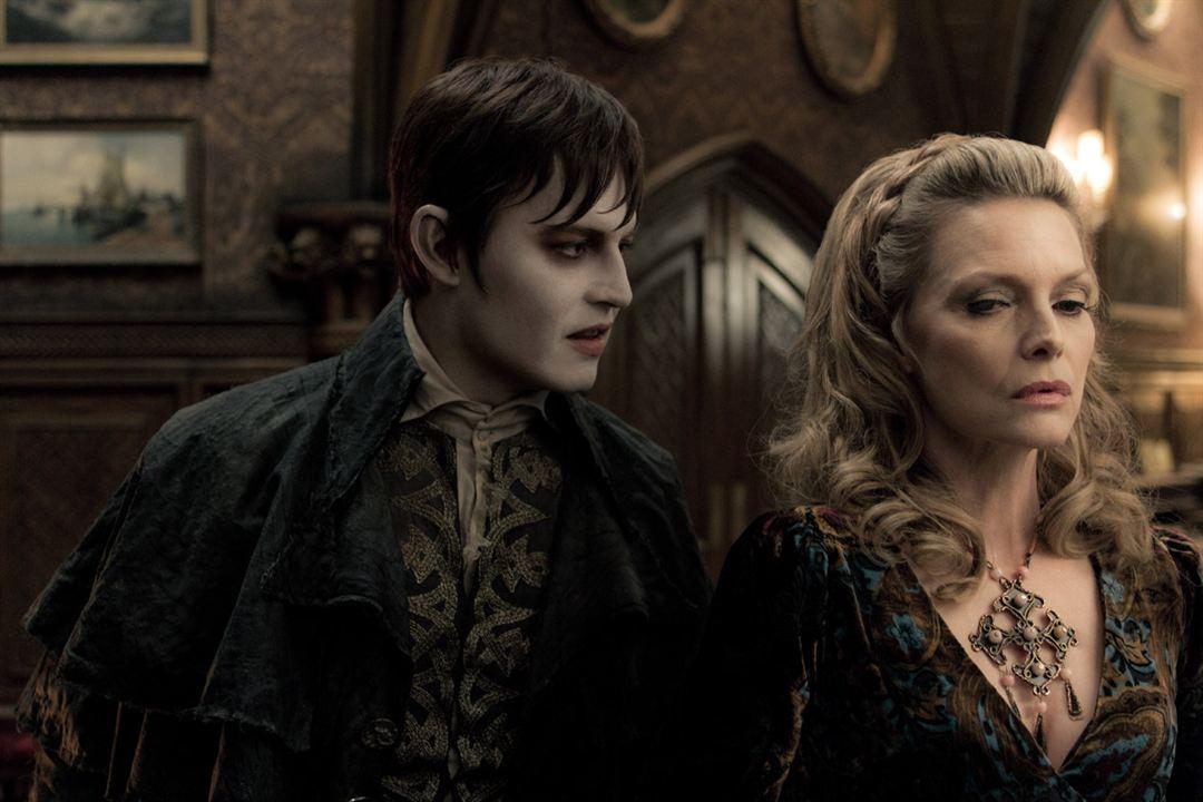 Sombras da Noite : Foto Johnny Depp, Michelle Pfeiffer