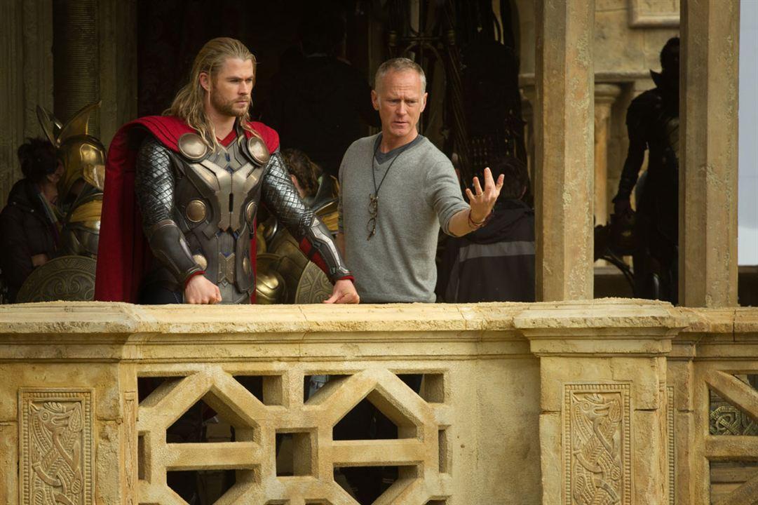 Thor: O Mundo Sombrio : Foto Alan Taylor, Chris Hemsworth