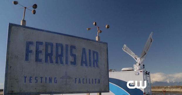 The Flash: Empresa de aviação de Lanterna Verde