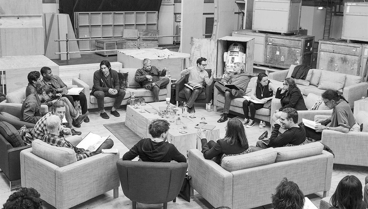 Star Wars: O Despertar da Força : Vignette (magazine) Adam Driver, Andy Serkis, Anthony Daniels, Bryan Burk, Carrie Fisher