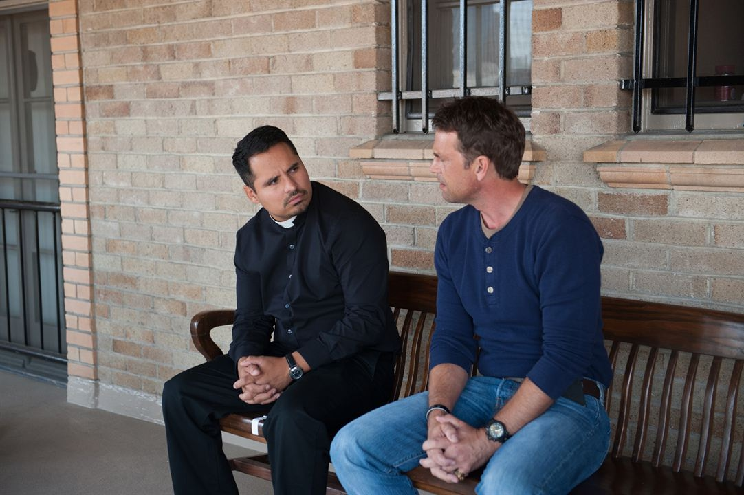 Exorcistas Do Vaticano : Foto Dougray Scott, Michael Peña