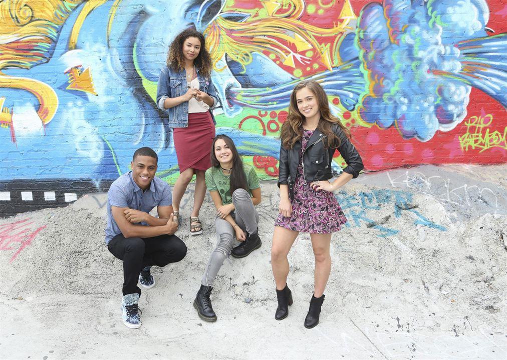 Foto Haley Lu Richardson, Jessica Sula, Keith Powers, Meg DeLacy