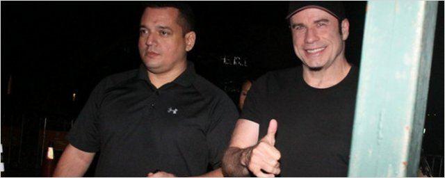 John Travolta vem ao Brasil para gravar comercial de cachaça